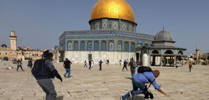 « Avec la Palestine du berceau au tombeau ! »